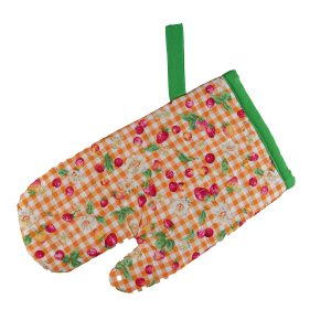Kids Oven Mitt Strawberry Check