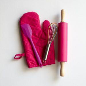 Pink pastry kit