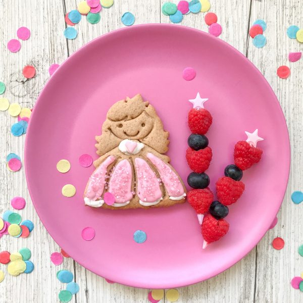 Princess and fruit