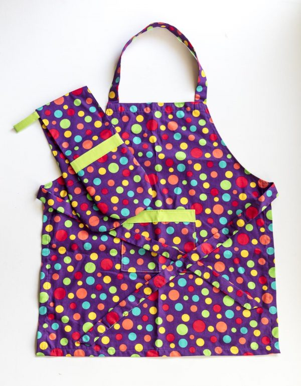 Purple Spot Apron and Double Oven Mitt