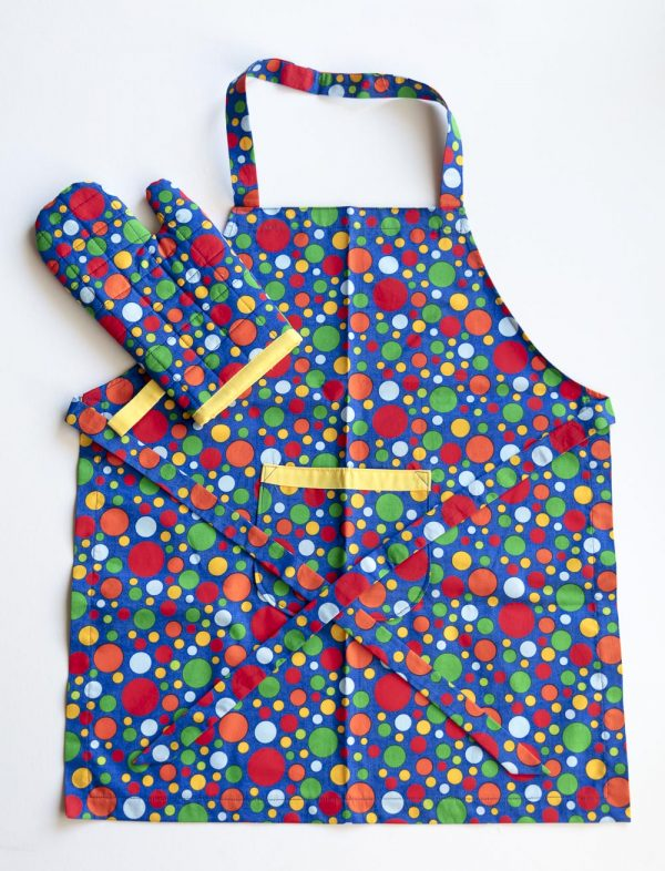 Blue Spots Oven Mitt and Apron
