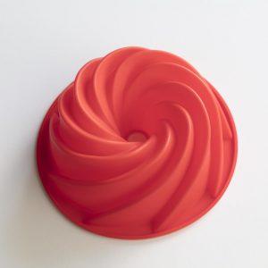 Swirl Bundt Cake outside
